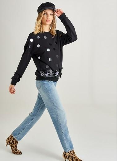 Monamoda Büyük Payet İşlemeli Sweatshirt Siyah